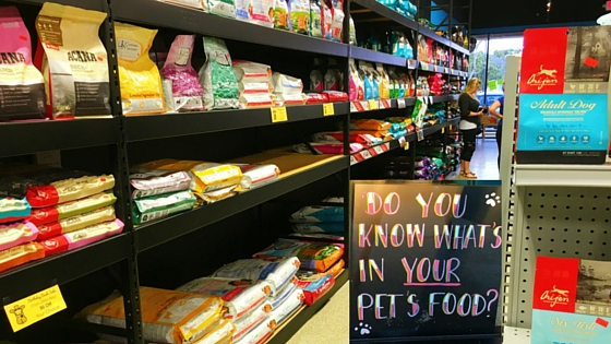 Pet Food Isle